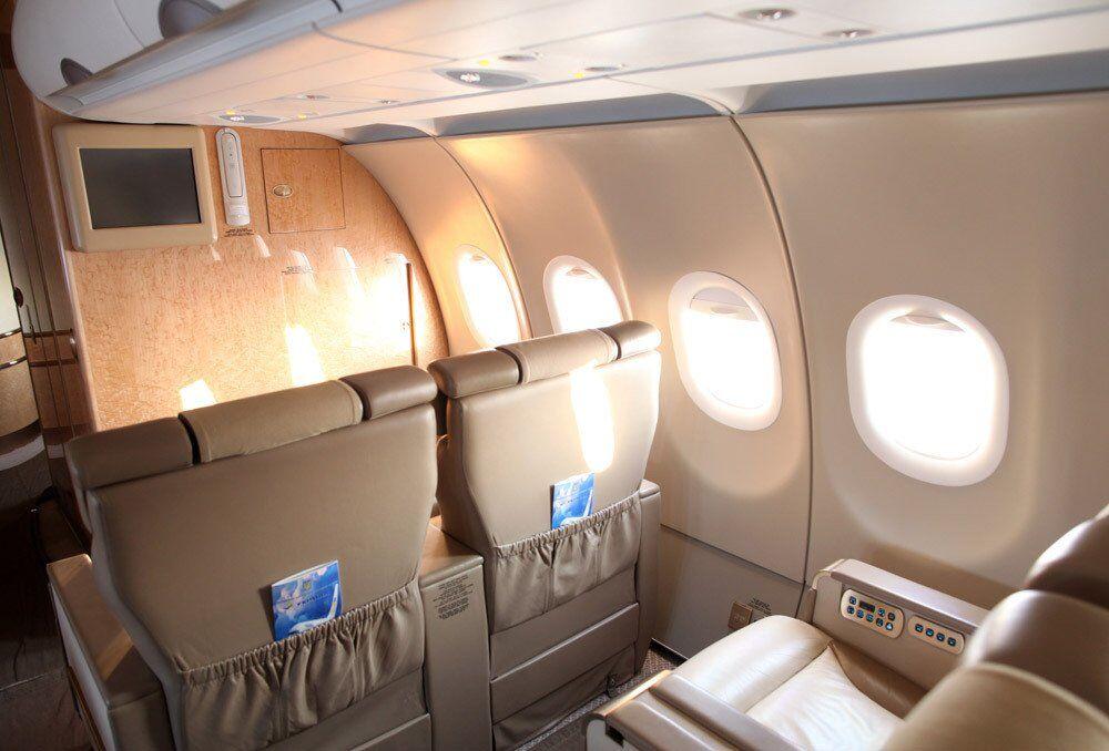 Самолет от Януковича и по 5 млн за поездку: как и сколько Зеленский потратил на перелеты
