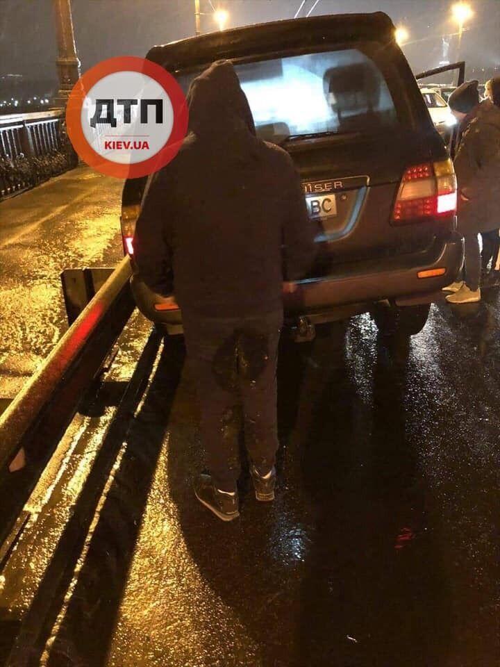 У Києві трапилася ДТП на мосту Патона