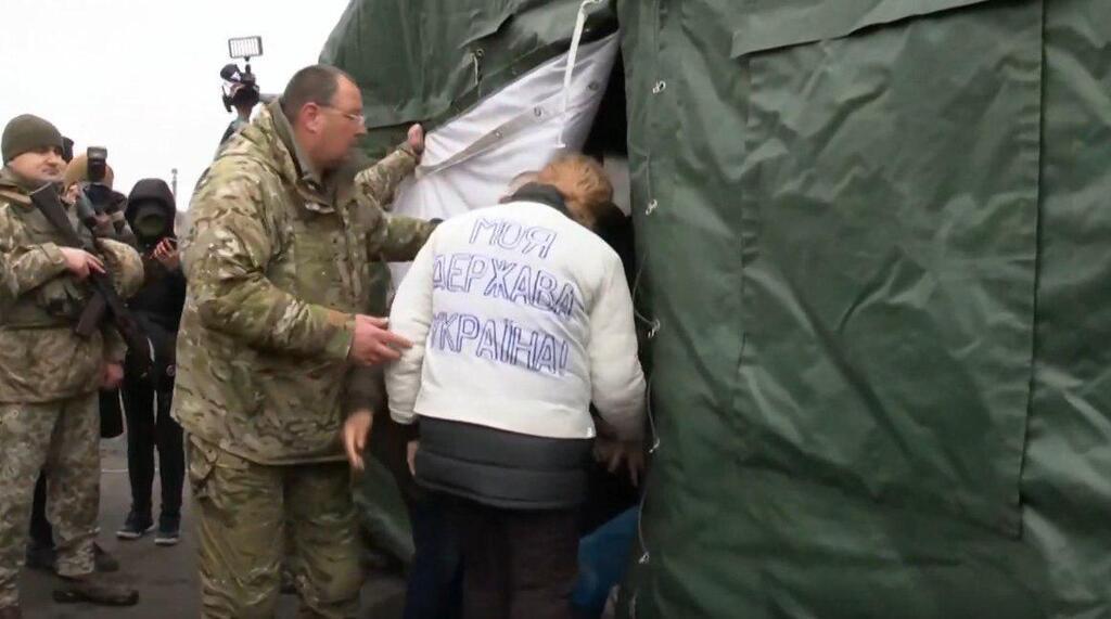 """Звільнена з полону """"ЛНР"""" українка вразила патріотизмом"""