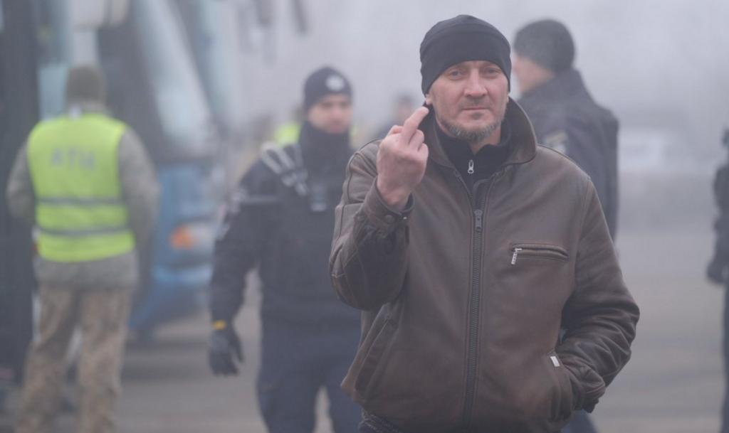 """У мережі показали, кого Україна видала """"Л/ДНР"""""""