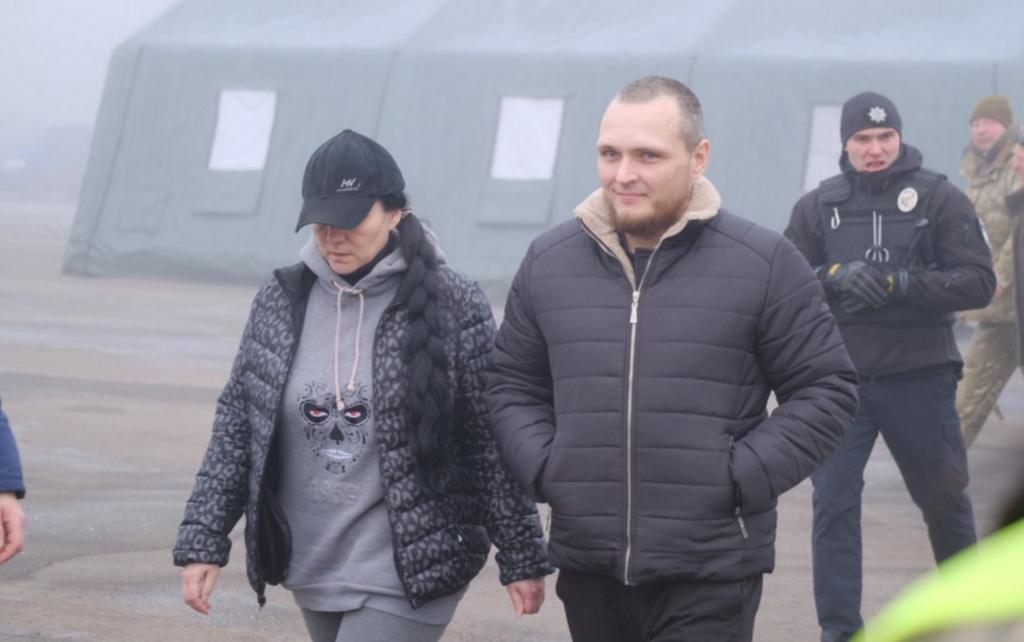 """В сети показали, кого Украина выдала """"Л/ДНР"""""""