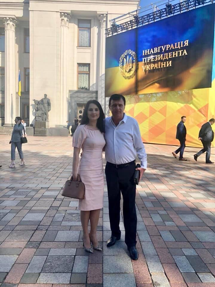 Ирина с отцом на инаугурации Владимира Зеленского