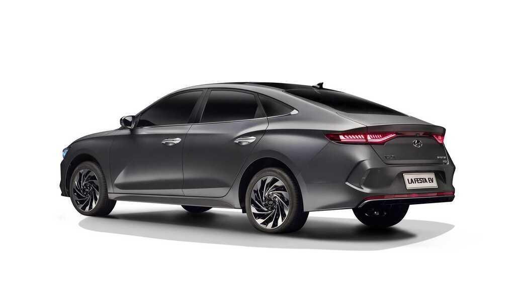 Електромобіль Hyundai Lafesta EV