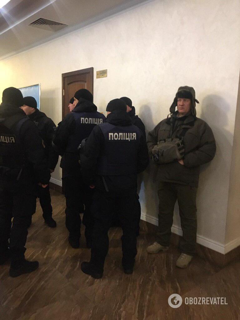 Правоохоронці перед засіданням суду щодо вбивства дитини у Києві