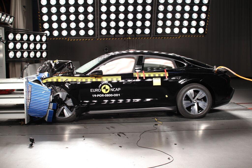 Краш-тести Euro NCAP 2019: Porsche Taycan