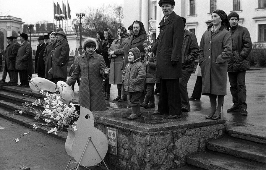 Запрещенные фото серой советской жизни