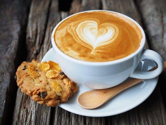 Кофе нужно наслаждаться, но не забывать о вреде избыточности его употребления