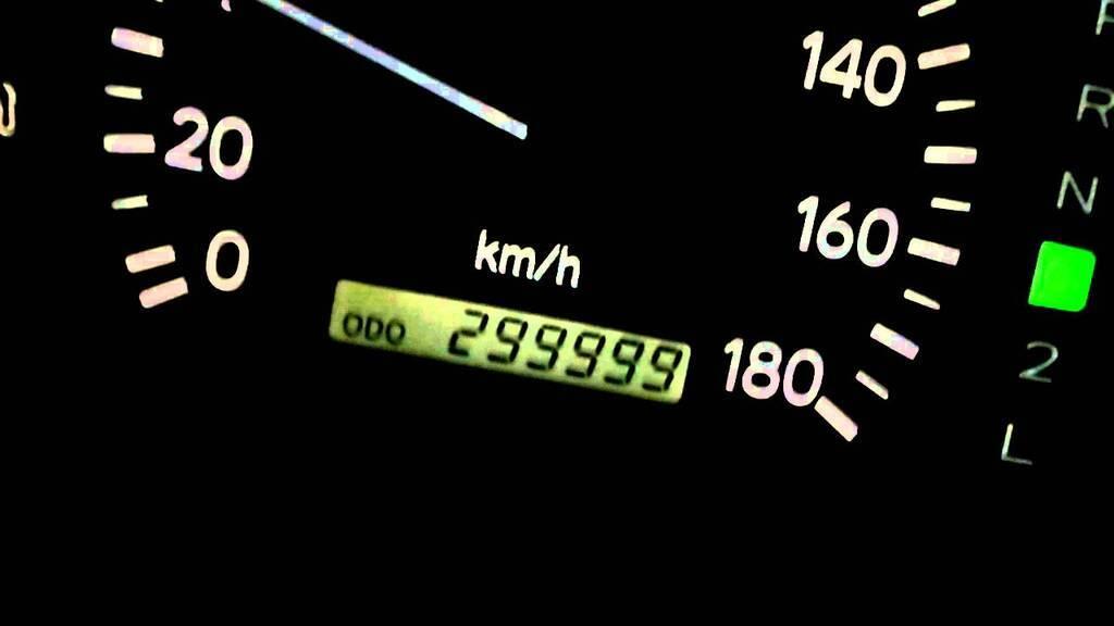 Які авто проїдуть без ремонту понад 300 000 км