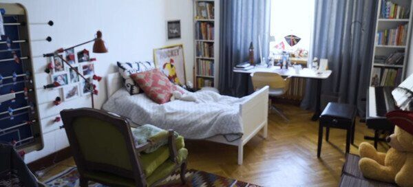 Шепелєв показав будинок - кімната Платона