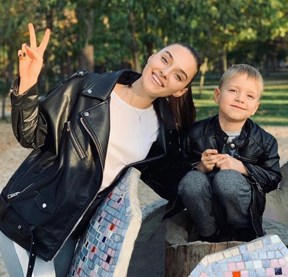 Вероніка Дідусенко з сином