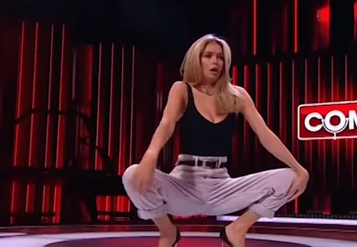 Віра Брежнєва влаштувала еротичний перформанс на Comedy