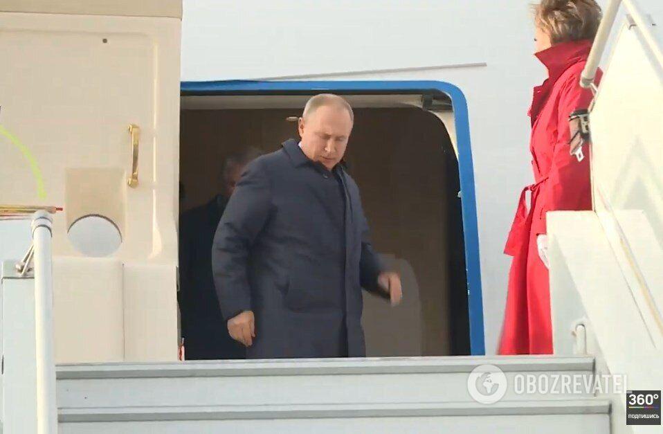 Путин прибыл во Францию