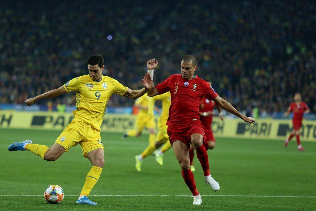 Роман Яремчук забил один из четырех своих мячей за сборную в квалификации Евро-2020