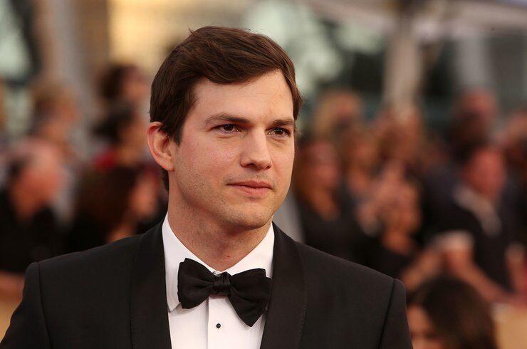 ''Можете написать мне'': звезда Голливуда выложил в сеть свой номер photo