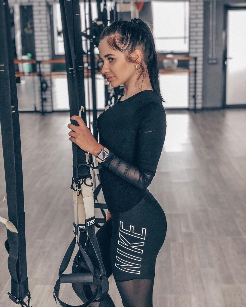 Аліна Буяльська