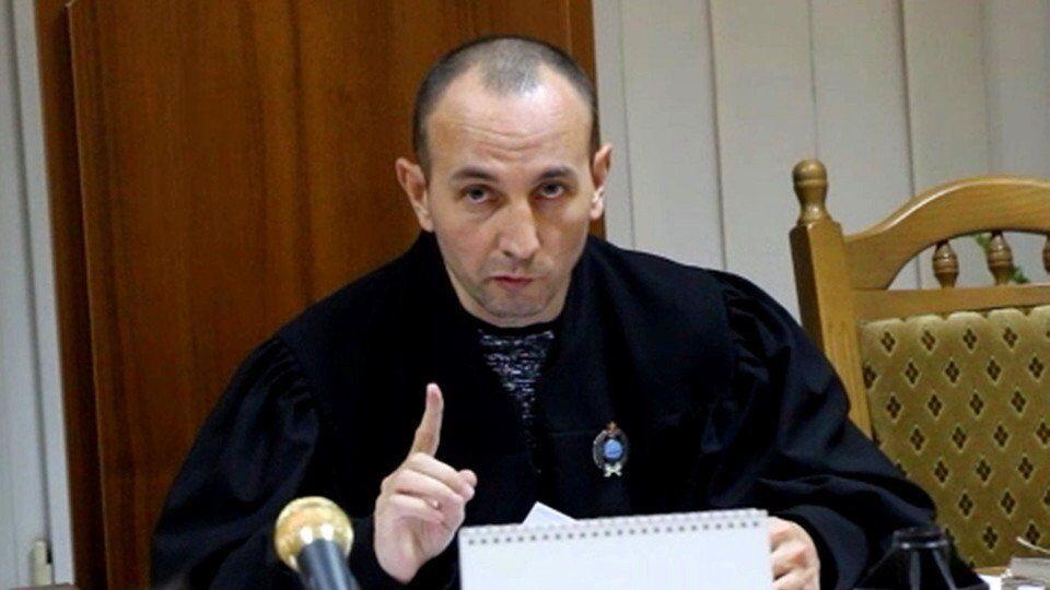 """В Верховный Суд претендует """"недоброчесный"""" судья?"""