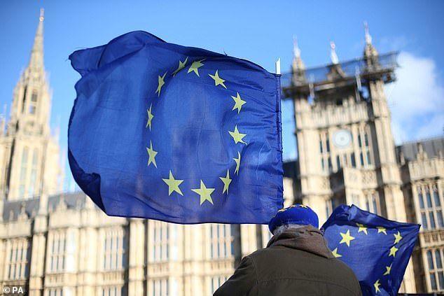 Сороса обвинили в попытке сорвать Brexit