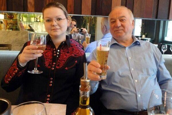 Сергій Скрипаль із дочкою