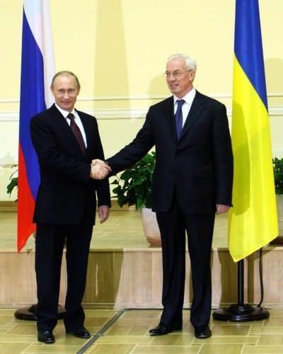 ''Он твердый'': Азаров высказался о встрече с Путиным