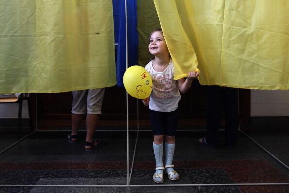 В Україні перевірять законність агітації на виборах