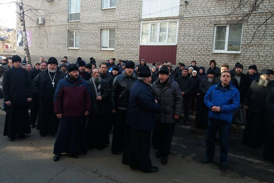 Полиция задержала донбасского митрополита РПЦ