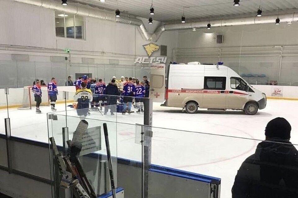 Лікарі не змогли врятувати хокеїста