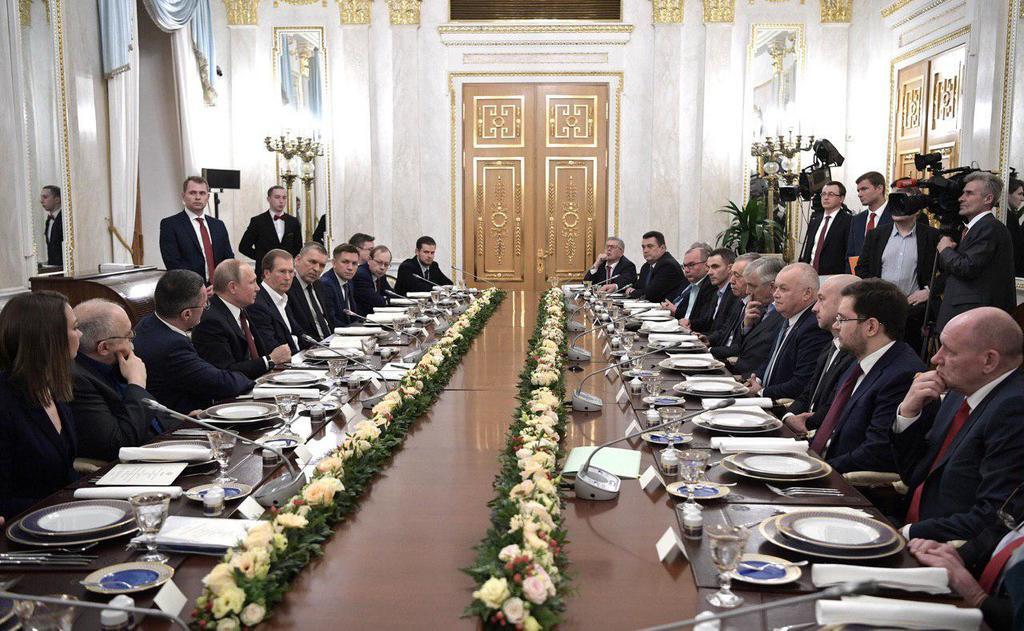 Все знакомые лица! Путин собрал топ-пропагандистов Кремля: кого не пригласили
