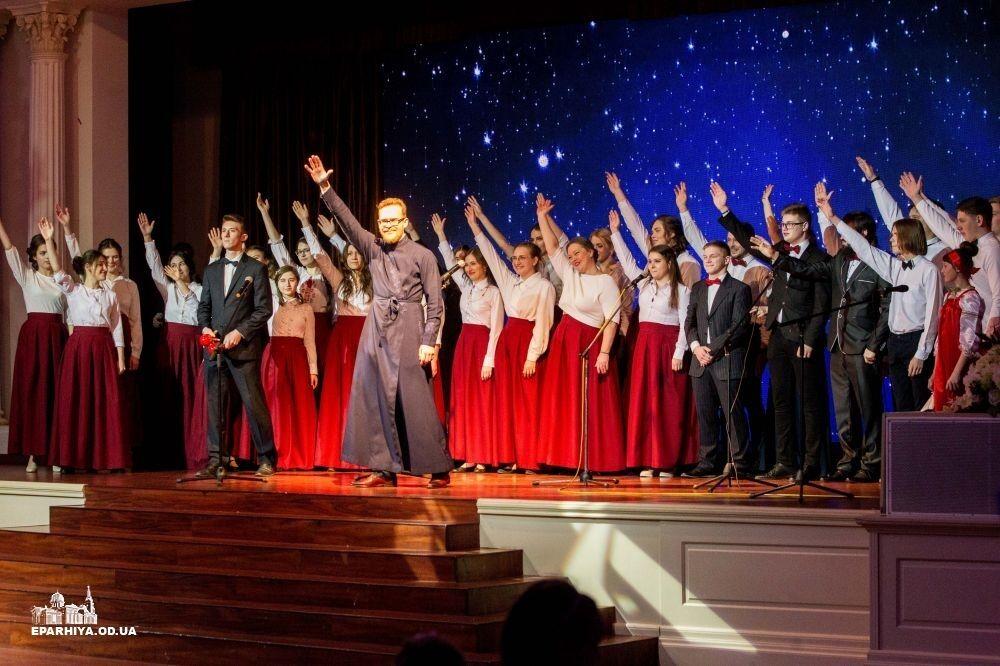 РПЦ устроила танцы в Одессе в годовщину расстрела Небесной Сотни: появились фото