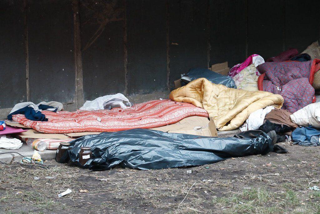 В Киеве под многоэтажкой нашли труп