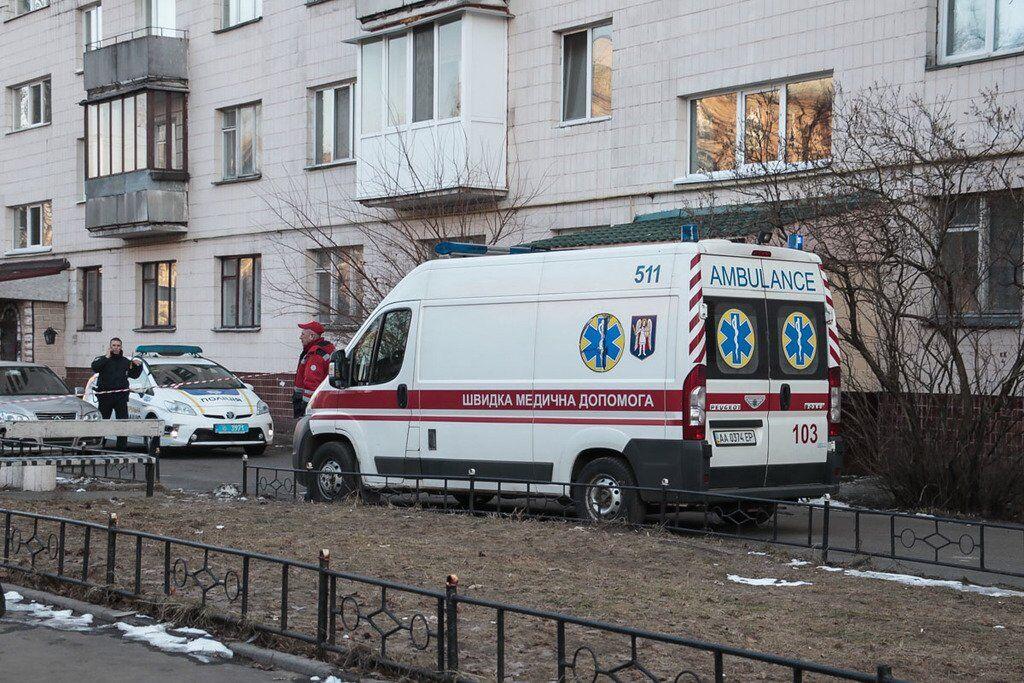 В Киеве школьник выбросился из многоэтажки