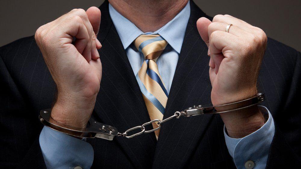 Нардепи домоглися скасування статті за незаконне збагачення