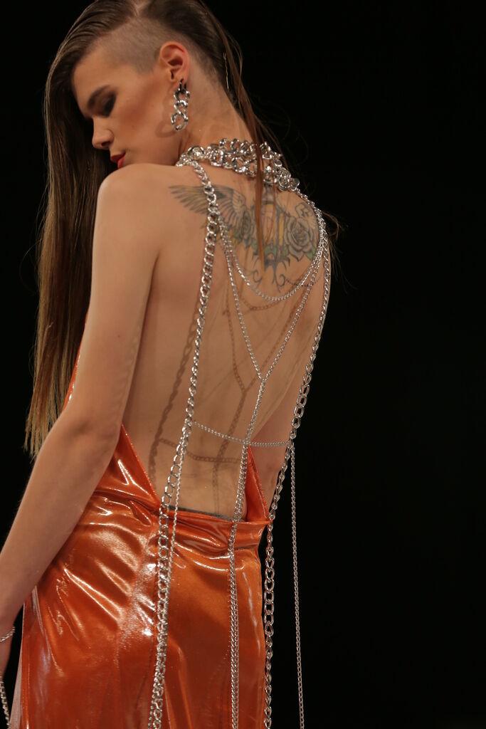 032b15087bfcab Розкрито секрет світових моделей про труси - Подіум - новини мода