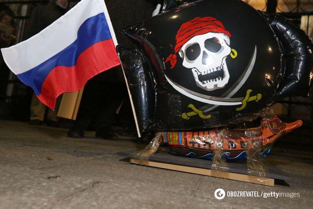 Росіяни затягують паски, щоб Кремль міг випускати комусь кишки — Орєшкін