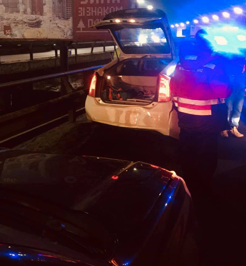 У Києві п'яний чиновник влаштував ДТП: поранена патрульна