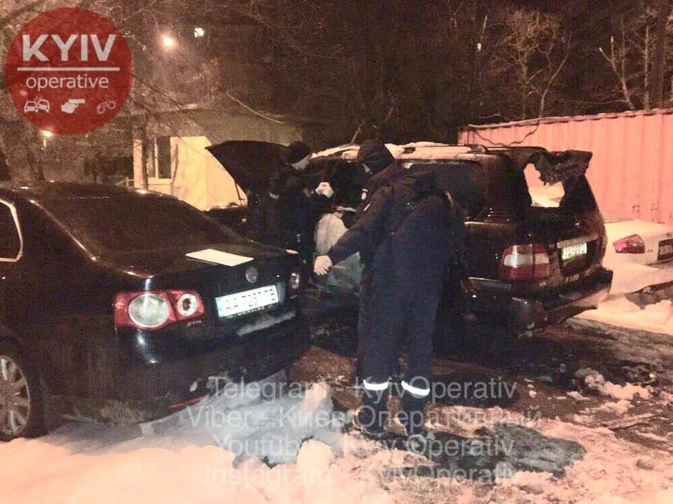В Киеве подожгли авто