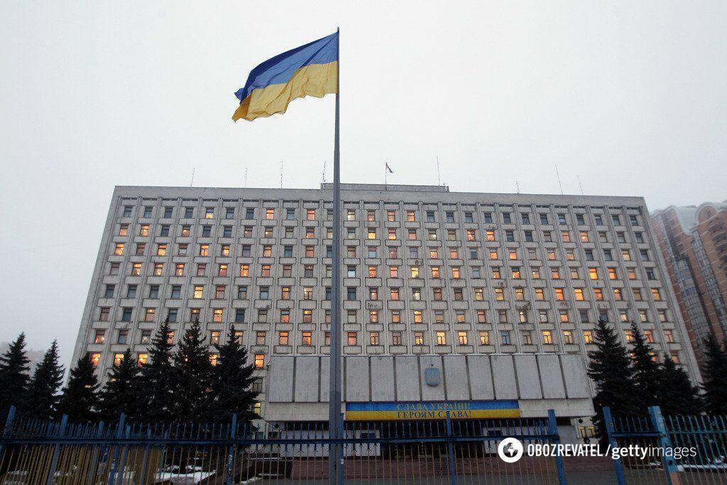 Все против всех. Интересно, кто за Украину?