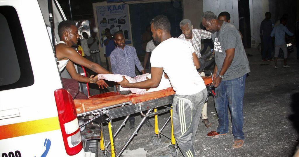 У столиці Сомалі подвійний теракт забрав життя 29 людей, 80 — поранені