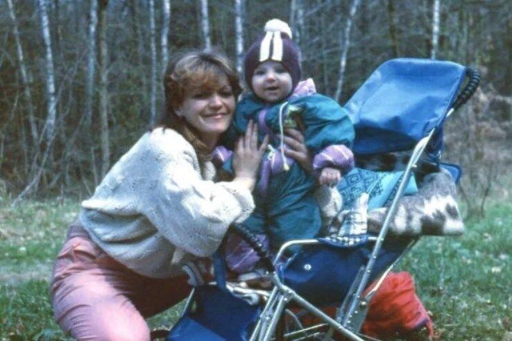Маленький Дмитро Підручний із мамою Марією
