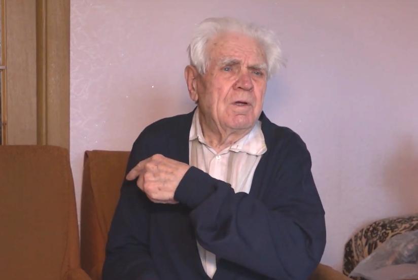 88-летний Иван Денисенко