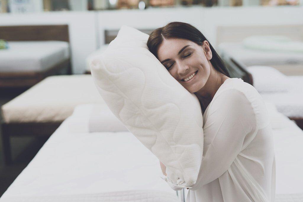 На свидание с подушкой: отмечаем Всемирный день сна правильно