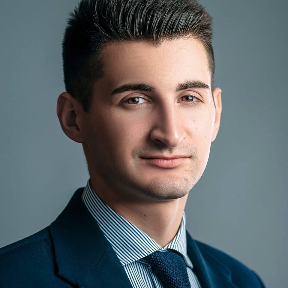 Владислав Долотий