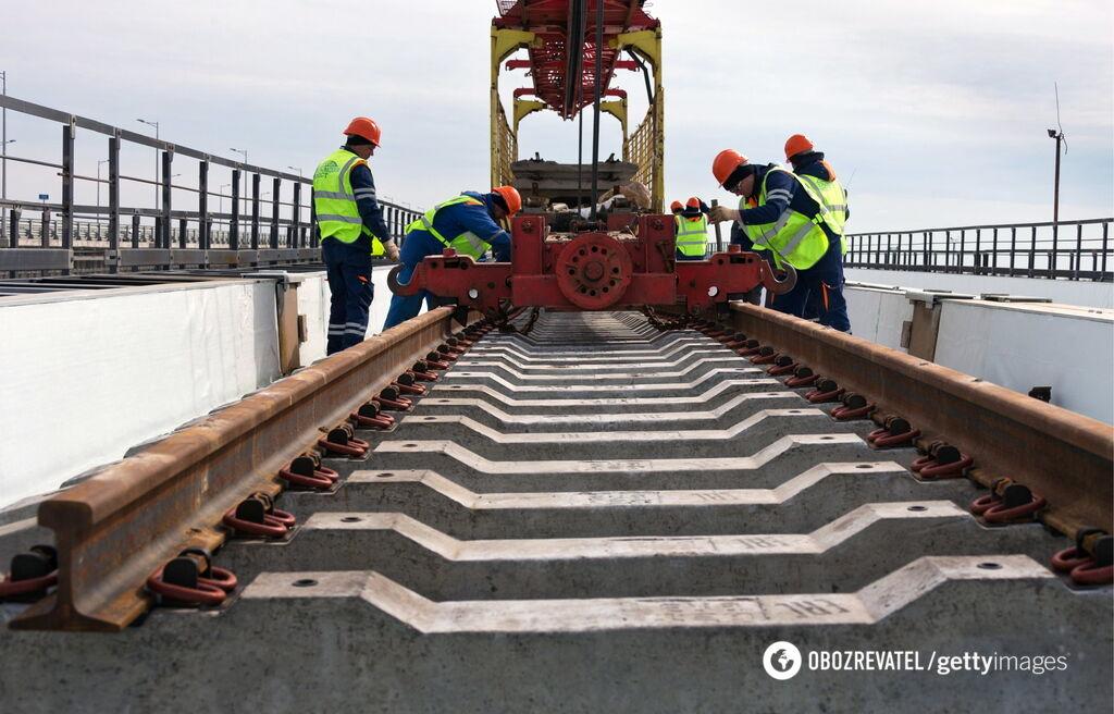 Будівництво залізниці на Кримському мосту