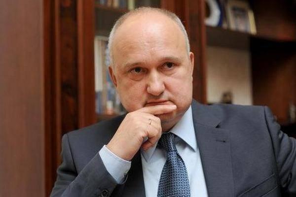 """""""Новое"""" лицо в политике? Кандидат в президенты Смешко отличился громкими скандалами"""