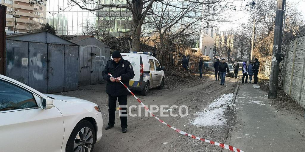 В Киеве женщина выбросила младенца