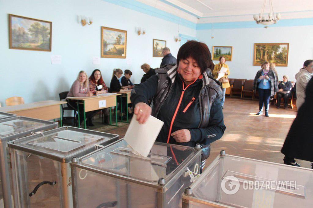 Як пройшли вибори президента-2019: українці поділилися фото