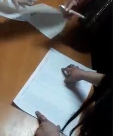 """""""Підписи зникли!"""" У Києві розгорівся скандал через ручки на виборах"""