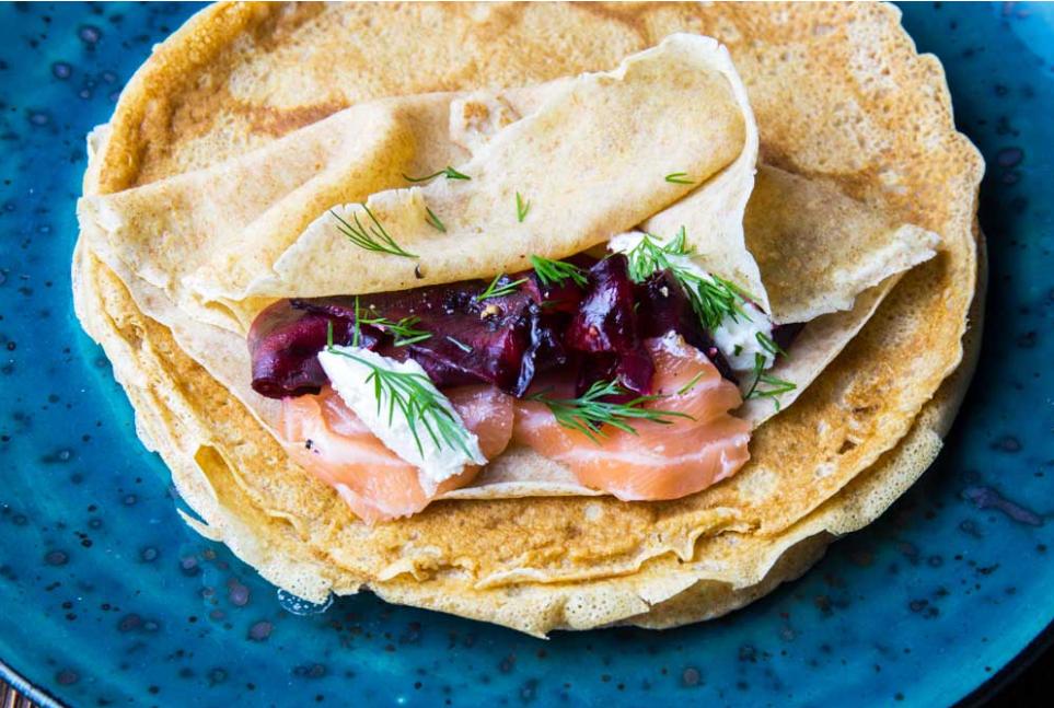 Как приготовить блины на Масленицу: рецепты от известного кулинара