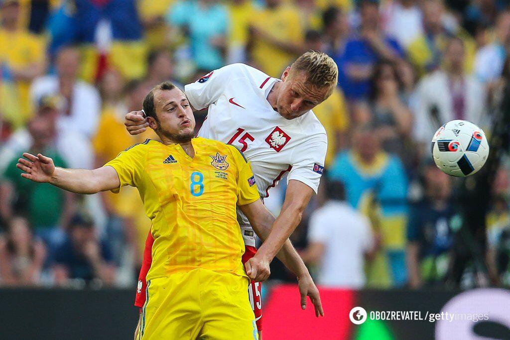 """Роман Зозуля (ліворуч) був основним форвардом """"синьо-жовтих"""" на Євро-2016"""