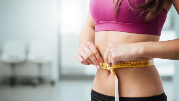 Як харчуватися, щоб довше не старіти: дієта