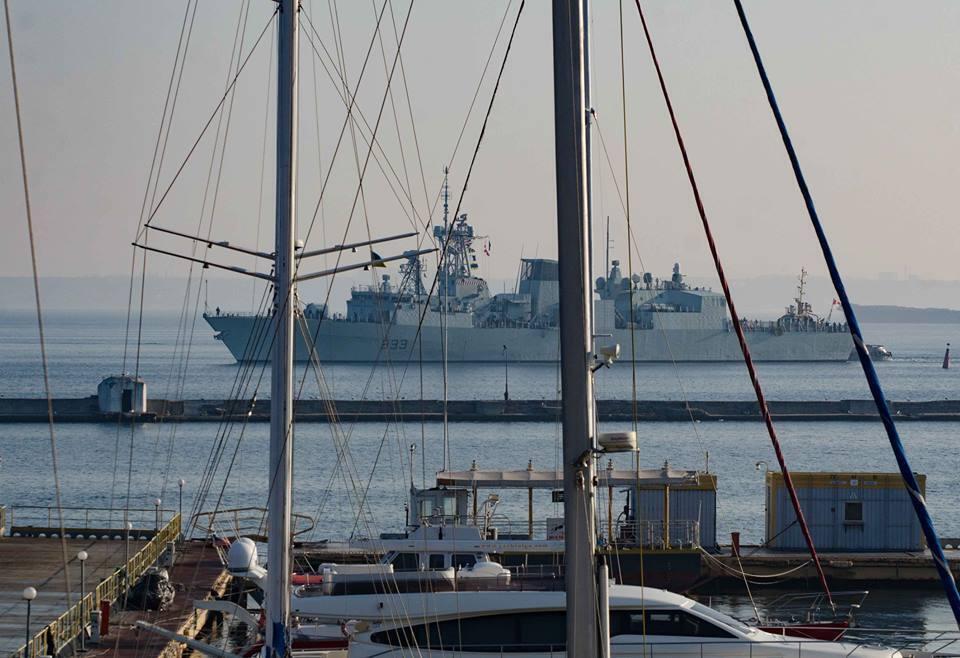 Корабли ударной группировки НАТО зашли в Одессу: что известно